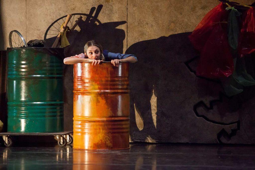 Lo Schiaccianoci a Roma | Teatro Quirino 2019 - Riciclo Creativo - La scena
